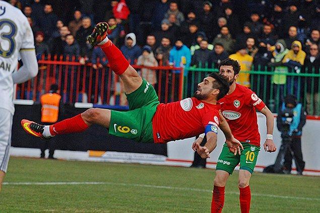 2014'ten beri Amed Sportif'te forma giyen Şehmus, rakip ağları 35 kez havalandırdı.