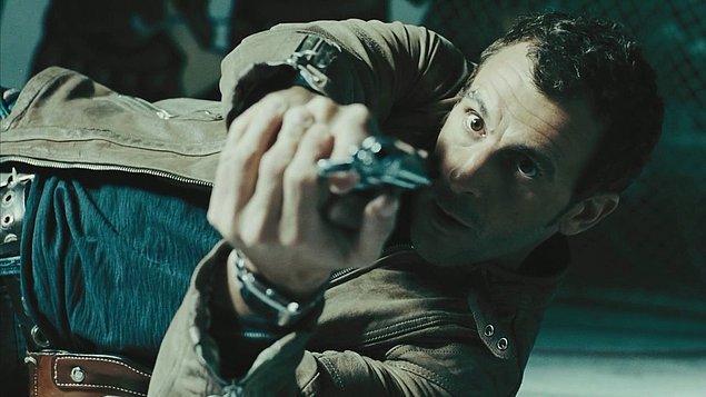 29. Bon Cop, Bad Cop / İyi Polis Kötü Polis (2006) | IMDB: 7