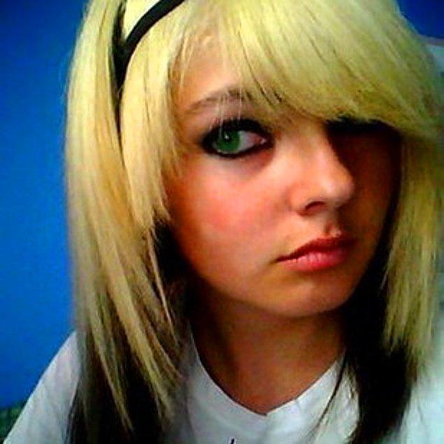 19. Saçların sarıysa, enseleri simsiyah boyatmak.