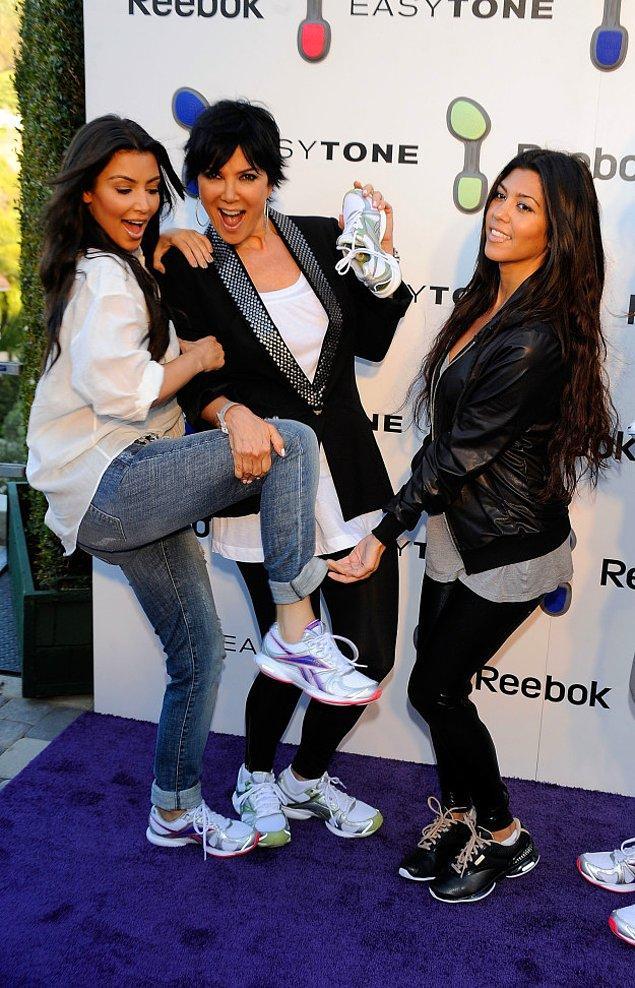 11. Kardashianlar reklam yapma konusunda henüz profesyonellik kazanmamışken...