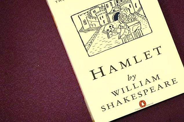 """Senin hayatını değiştirecek kitap """"Hamlet""""!"""