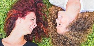 Saçları Kıvırcık Olanların Hayatları Boyunca Yaşadığı 11 Şey