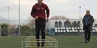 Azmin Zaferi: 13 Yaşındaki Emir'den Ödünç Ayakkabıyla Katıldığı 100 Metre Koşuda Rekor