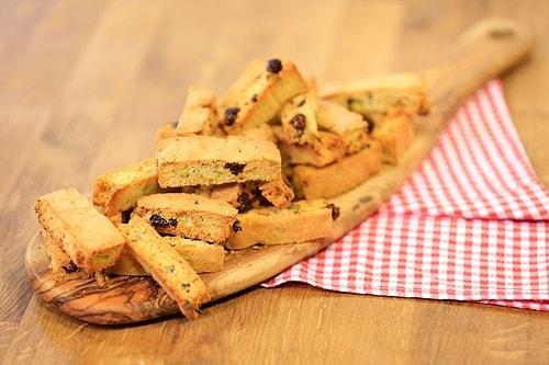 Ev Ziyaretlerinin Olmazsa Olmazı Kolayca Yapabileceğiniz 11 Kuru Pasta Tarifi