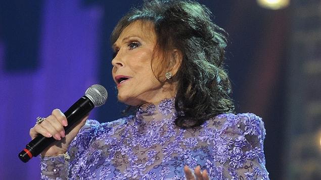 Loretta Lynn - 84 yaşında