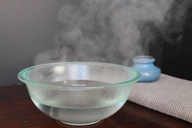 13. Sıcak su, soğuk sudan daha hızlı donabilir.