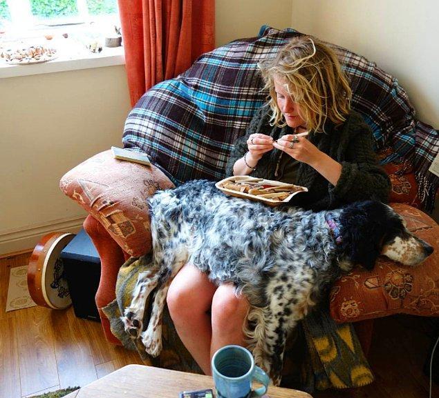 İşte karşınızda avokado çekirdekleriyle harikalar yaratan kadın: Jan Campbell!