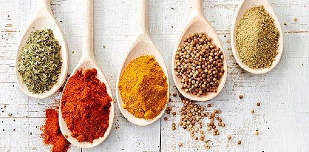 12. Yediğimiz her şeye Tarçın, Zencefil, Zerdeçal koymak: Baharat
