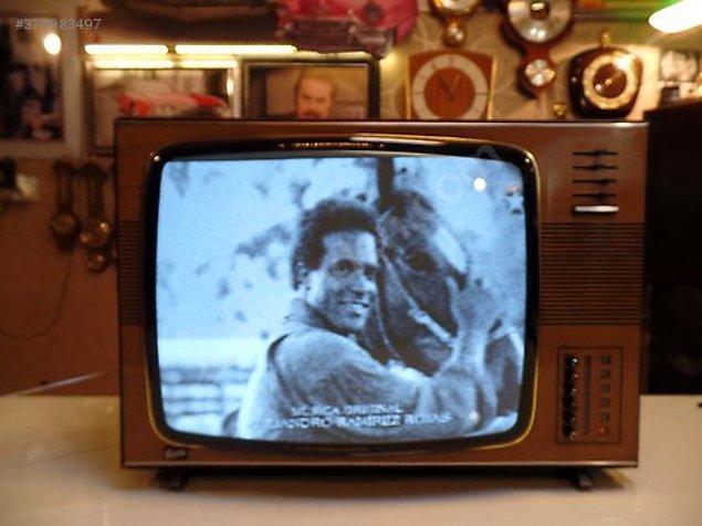 2. Peki aynı yıl, 31 ekran siyah beyaz televizyon?