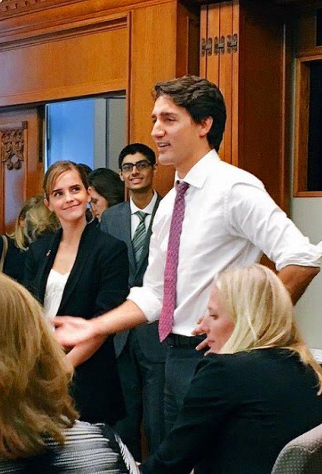 Karizmayı meslek haline getirmiş dev Hollywood isimleri bile söz konusu Trudeau olunca böyle tavşan gibi kalıveriyor işte!
