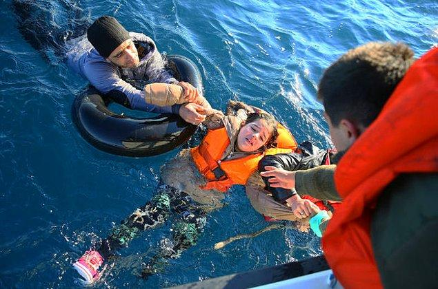 Ünlü bir insan öldüğünde bütün dünya hüzne boğulurken, batan bir botta 500 mülteci öldüğünde kimsenin kılı kıpırdamıyor.