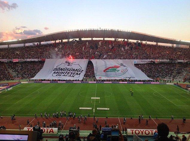 23. Seyirci rekorunun kırıldığı maç; 76.127 biletli seyircinin izlediği 22 Eylül 2013 tarihinde İstanbul Atatürk Olimpiyat Stadı'nda oynanan Beşiktaş - Galatasaray (1-2) maçıdır.
