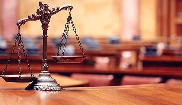 Ancak bu davada da ilk duruşma gününde dahi çocuklar mahkemeye getirilmiş ve öğretmenle karşı karşıya bırakılmış...