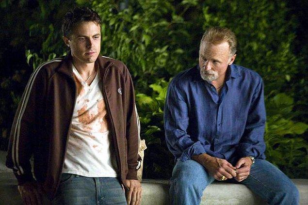 #13 Abisinin yönettiği, başrolünde oynadığında yine övgülere mazhar olduğu film: Kızımı Kurtarın (2007)