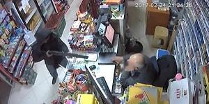 Tüfekli Soyguncuyu Veresiye Defteri ile Kovalayan Marketçi