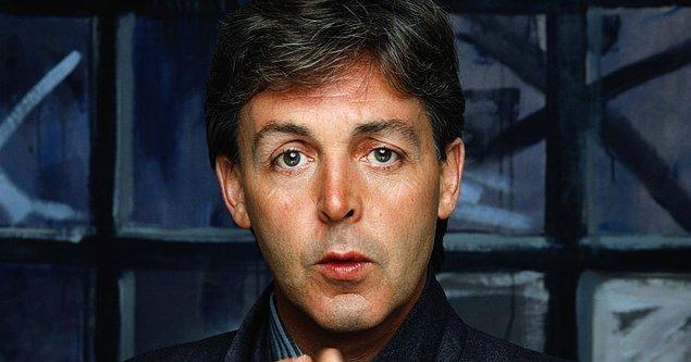 8. Cimrilik budur: Paul McCartney, eşinin doğum gününü kutlamak için verdiği bir partide, tüm içecekleri ücretli yaptı!