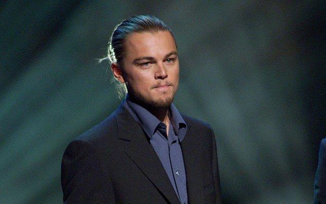 9. Leo'nun ucuz arabalar kullanması ve mütevazı yaşamaya çalışması çevreciliğinden kaynaklansa da, şekilci Hollywood ona cimri diyor.