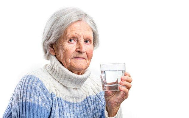 Selamlar! Öncelikle bir bardak suyunuz hazırsa ondan bir yudum içmenizi öneriyoruz.