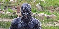 Atık Motor Yağı Havuzuna Atlayan Çılgın Rus