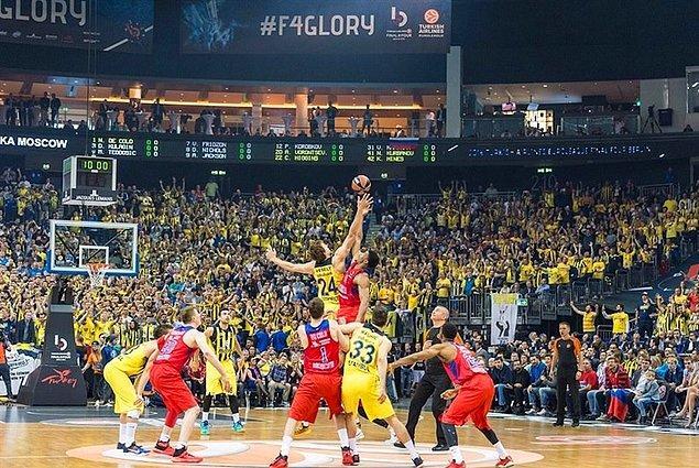 Geçen sezon bilindiği üzere Fenerbahçe finalde uzatmalarda sonuçlanan karşılaşmada şampiyonluğu kaçırmıştı.