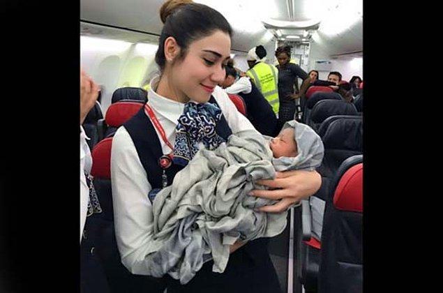 Uçak Burkina Faso'ya iniş yaptığında ise onları sağlık ekipleri karşılayıp hastaneye götürdü. Genç anne ve bebek, doktorlar tarafından oldukça sağlıklı bulundu.