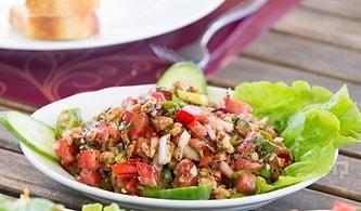 Cevizin En Çok Yakıştığı Salata : Gavurdağı Salatası Nasıl Yapılır?