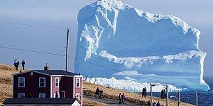 Küresel Isınmanın Bir Sonucu Olarak Kuzey Kutbu'ndan Kopup Okyanusa İnen Dev Buzul Parçası