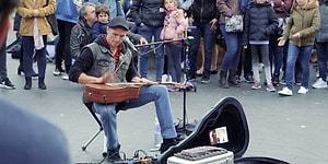 Sokak Sanatçısından Londra Sokaklarına İzleyeni Büyüleyen Muhteşem Performans
