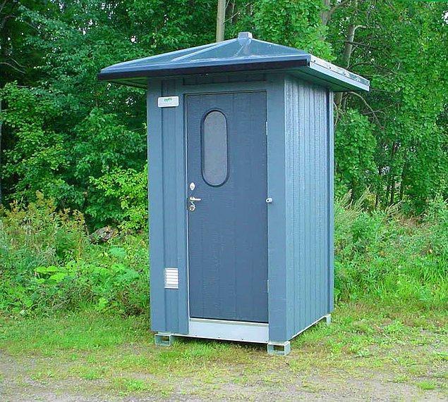 8. İskoçya'da kapınızı çalarak tuvalete girmek isteyen birini içeri almak yasal zorunluluktur.