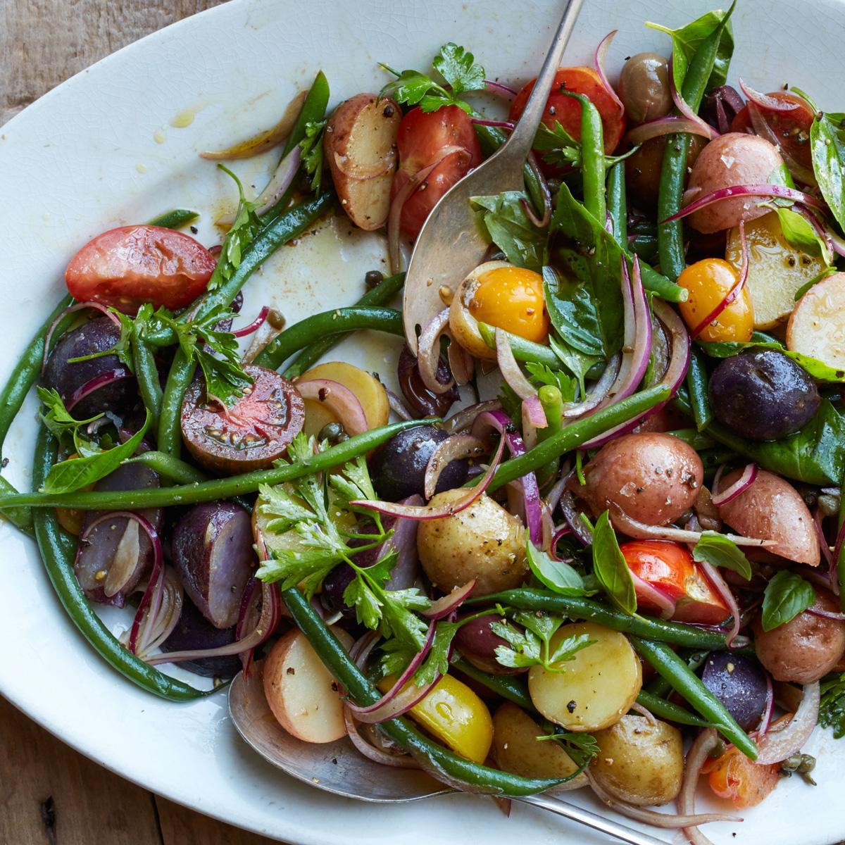 Klasik Patates Salatasından Sıkılanlara Birbirinden Leziz 12 Farklı Patates Salatası 48