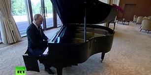Putin'den Çin'de Piyano Resitali