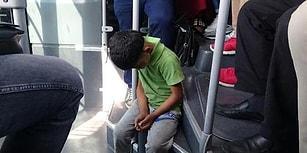 Metrobüsten İnsan Manzaraları: Neredeyse Ayakta Uyuyan Çocuğa Kalkıp Yer Veren Yolcu
