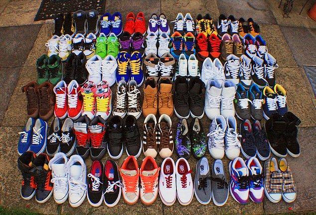 Ünlü hip hop yıldızlarının kirlendikleri gerekçesiyle bir ayakkabıyı asla ikinci kez giymedikleri biliniyor.