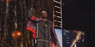 Snoop Dogg'un Tupac'ın 'Rock and Roll Hall of Fame'e Katılımı İçin Yaptığı Konuşması