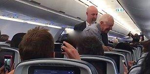 Eski ABD Başkanı Jimmy Carter Uçakta Tek Tek İnsanlarla Tokalaştı
