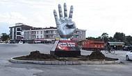 Düzce Belediye Başkanı Mehmet Keleş'in Talimatıyla Şehir Merkezine 'Rabia Heykeli' Dikildi