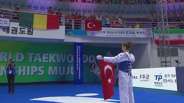 Güney Kore'nin Muju kentinde devam eden Dünya Tekvando Şampiyonası'nda da bir başarıya daha imza atarak bizleri gururlandırdı.