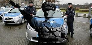 Almanya'daki Bir Şehir Meydanında 'Heil Hitler' Diye Bağırırsanız Başınıza Neler Gelir?