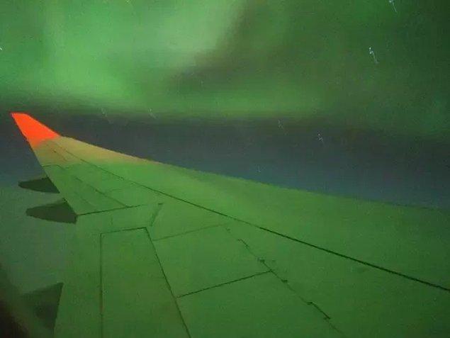 12. Kuzey ışıklarının içinden geçmek. Büyüleyici!