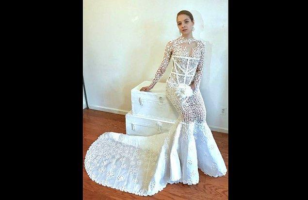 2. Augusto Manzanares 31 yaşında ve New York şehrinde moda tasarımcısı olarak çalışıyor.