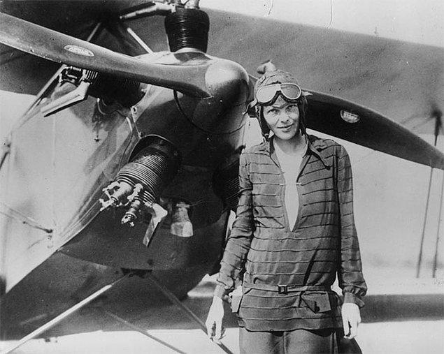 Ünlü pilot Amelia Earhart ve onun rotacısı Fred Noonan'ın kaderi, günümüzde hala çözülememiş gizemlerden biri.