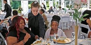 Düğünü Son Dakikada İptal Olunca 110.000 TL'lik Yemekli Daveti 170 Evsiz Kişiye Hediye Eden Gelin