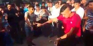 İzmir Fuarında 'Arizona Kertenkelelerinin' Dans Kapışması