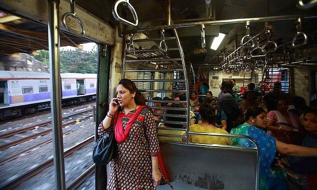 Evet, bugün pembe trambüs uygulamasının hayata geçeği duyuruldu. Peki dünyada durum ne?