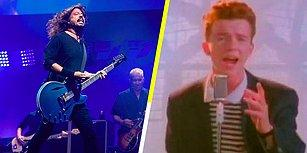 Foo Fighters ve Rick Astley, 'Never Gonna Give You Up' Söyledi!