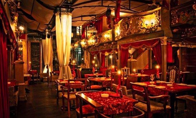 Bir İngiltere'de bir de Belgrad'da var, Little Bay Restoran'ı es geçmeyin.