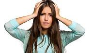 Ağırlaşan ve Çabuk Yağlanan Saçlara Sahip Olanların Empati Kuracağı 11 Çaresiz Durum