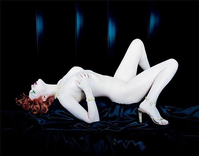 10. Yves Saint Laurent - 2000