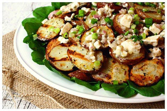 4. Izgarada patateslerin tadına tat kattık.