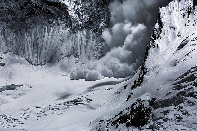 12. 📸 Paddy Scott, Himalaya Dağları, Pakistan
